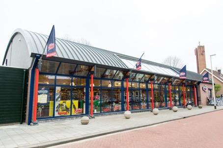 Verbouwing en uitbreiding fietsenwinkel in Rhoon