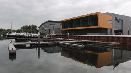 Bedrijfsgebouw-Werkendam-1